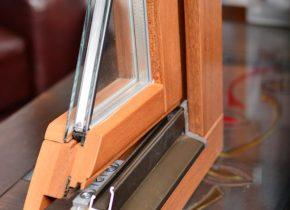 Ferestre lemn triplu-stratificat